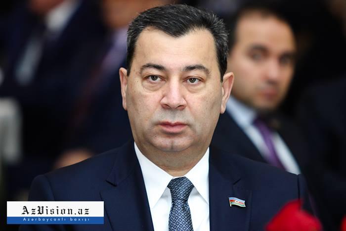 """""""Azərbaycan aprel döyüşləri ilə dünyaya mesaj verib"""" - Səməd Seyidov"""