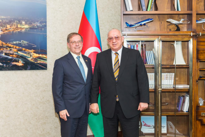 AZAL president meets with US ambassador to Azerbaijan