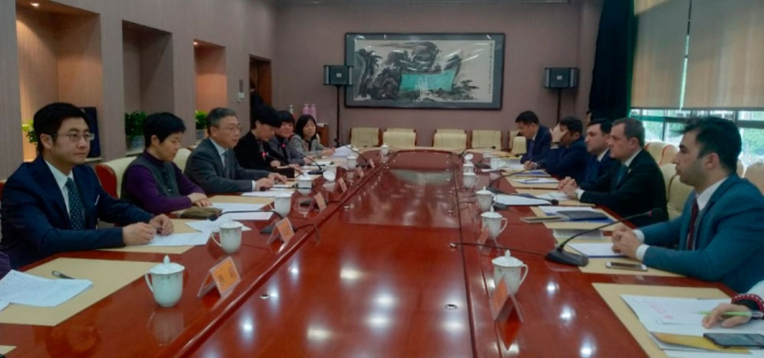 Azerbaijan, China discuss prospects for developing educational cooperation