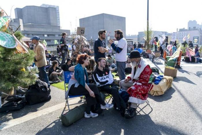 Sixième jour de blocages «écologiques» à Londres