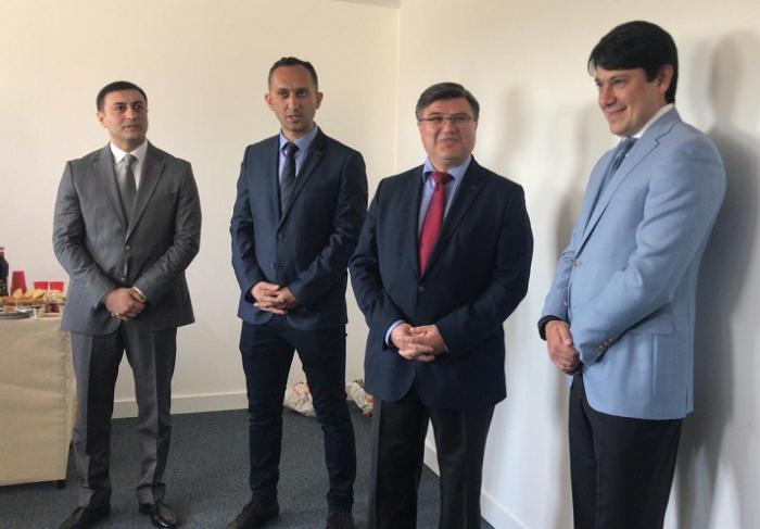 Une école azerbaïdjanaise ouvre ses portes à Nantes