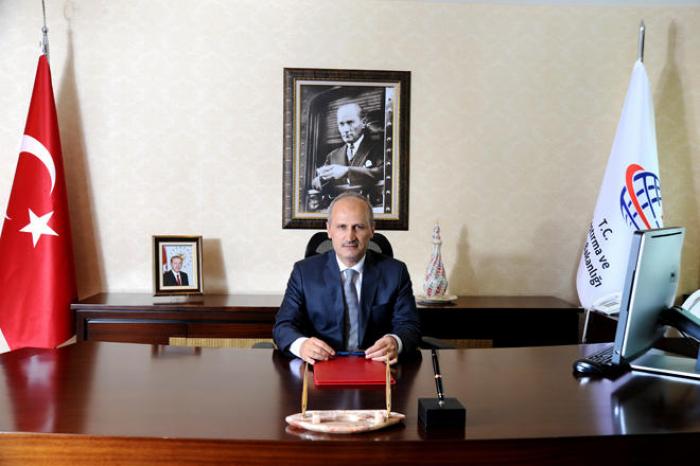 Turkish minister talks on importance of BTK railway