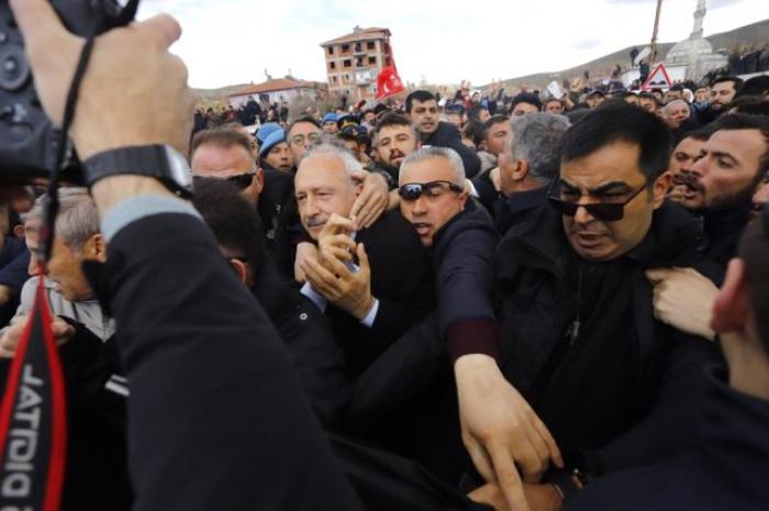 Kılıçdaroğluna hücum edənlərin kimliyi məlum oldu - FOTOLAR
