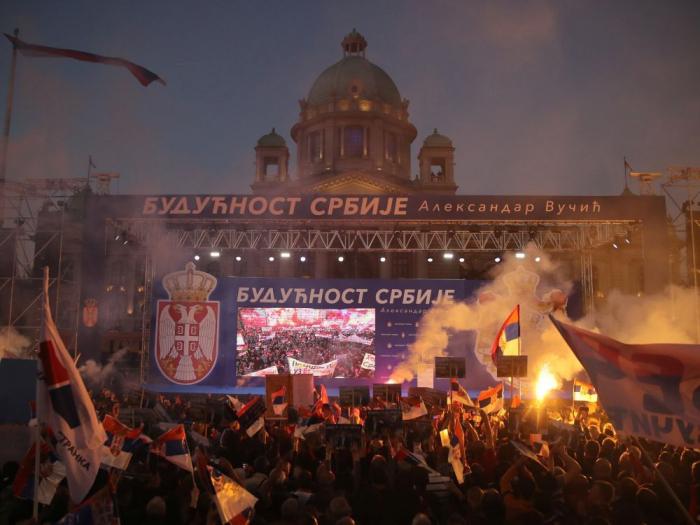 Serbie: manifestation de soutien au président Vucic