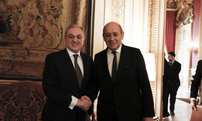 Jean-Yves Le Drian discute du Karabagh avec son homologue arménien