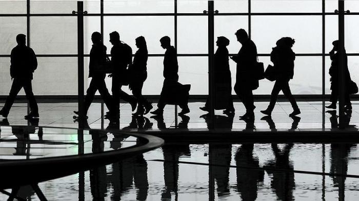 9 azərbaycanlı Hollandiyadan deportasiya olundu