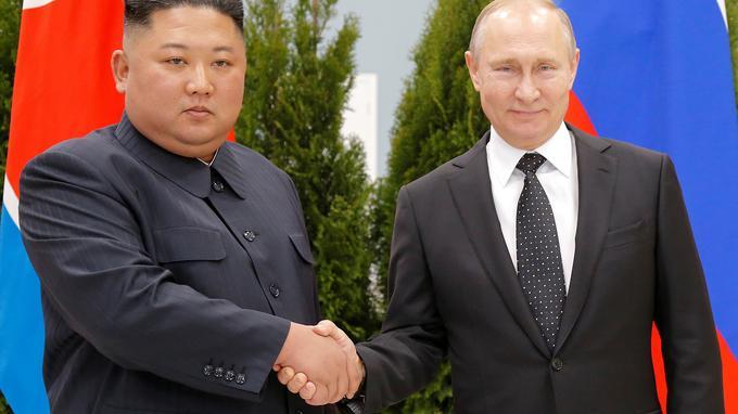Premier sommet Poutine-Kim pour raviver des liens «historiques»