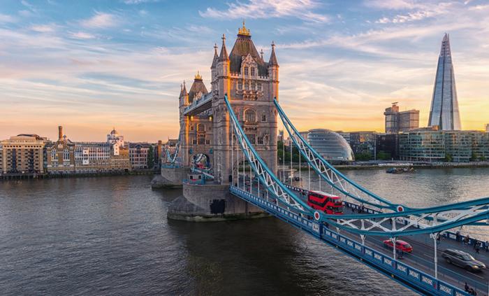 Londres et Dublin veulent relancer les institutions nord-irlandaises