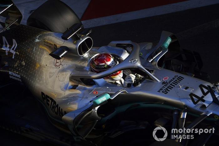 Hamilton no cree que Mercedes pueda recuperar la diferencia con Ferrari en Bakú