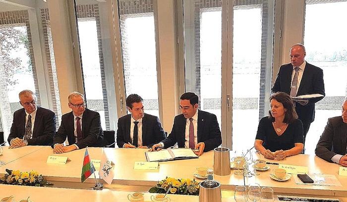 Puerto de Comercio Marítimo Internacional de Bakú amplia su cooperación internacional