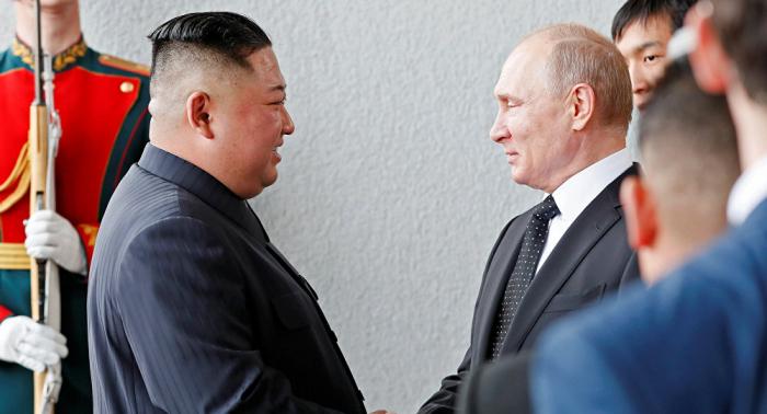 Concluye en la ciudad rusa de Vladivostok la primera cumbre de Kim y Putin