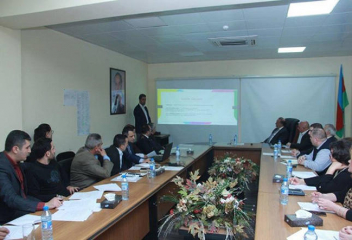 Metropoliten İşçiləri Həmkarlar İttifaqında seminar keçirilib