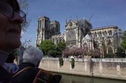Notre Dame será protegida con una gran lona a modo de paraguas para evitar nuevos daños
