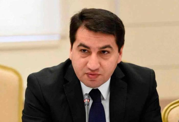 """حكمت حاجييف:  """"حزام واحد ، طريق وحيد"""" ستوفر فرصًا كبيرة للتقارب بين الصين وأذربيجان"""