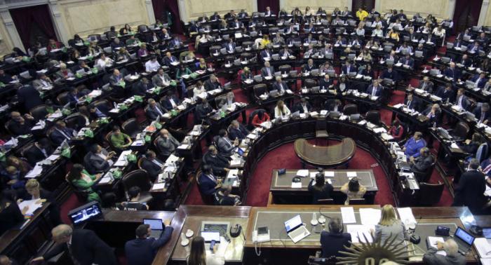 Un abogado mete la pata y confunde Ucrania con Argentina (vídeo)