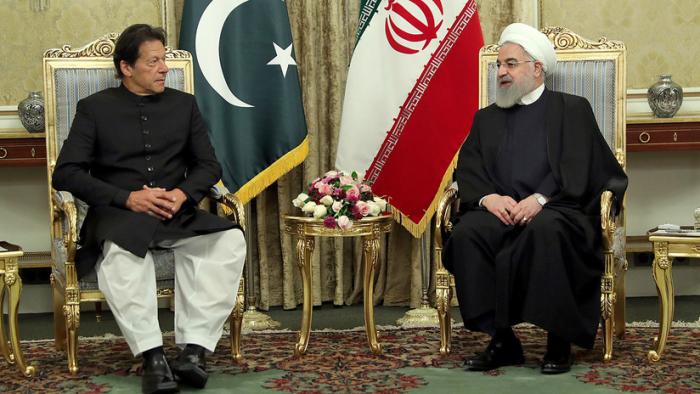 """Rohaní anuncia la creación de una """"fuerza de reacción"""" conjunta en la frontera entre Irán y Pakistán"""