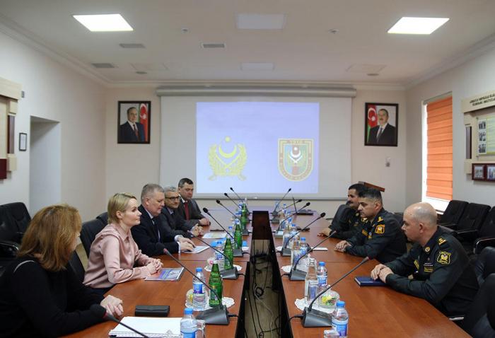 Azerbaijani, Russian military financiers meet in Baku