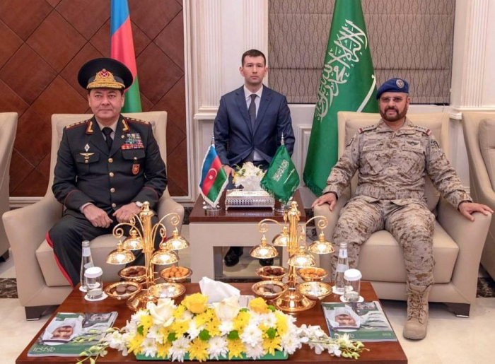 Azerbaijan, Saudi Arabia discuss prospects for development of relations between armies of two countries