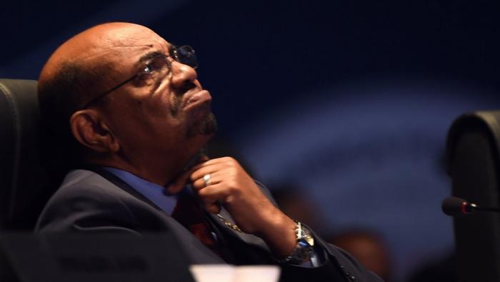 Soudan:   le président déchu Omar el-Bachir transféré en prison