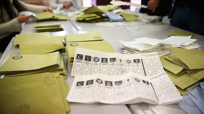 AKP Ankara və İstanbulda uduzdu, CHP ikinci oldu