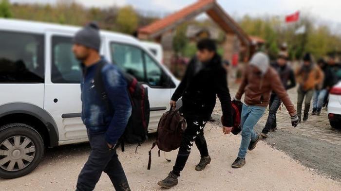 Turquie: 787 migrants interpellés avant de passer en Europe