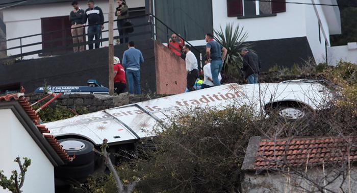 ارتفاع عدد ضحايا انقلاب الحافلة السياحية في البرتغال إلى 29 شخصا