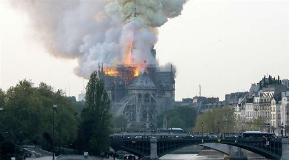 """أفكار ماكرون لترميم """"نوتردام"""" ثير انقسامات في فرنسا"""