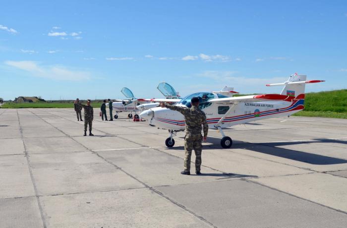 """طائرات """"سوبر موشاك"""" لأول مرة على سماء أذربيجان -   صور"""