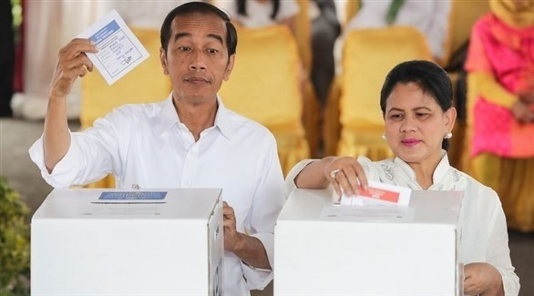 جوكو ويدودو الأوفر حظاً للفوز بالرئاسية في إندونيسيا