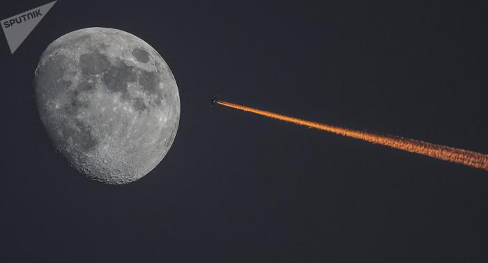 Des chercheurs pensent avoir percé le mystère de la face cachée de la Lune