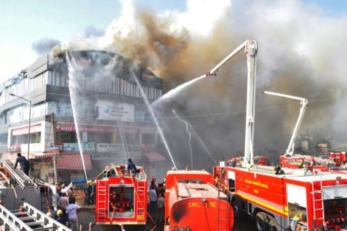 Inde :  au moins 19 étudiants meurent  dans un incendie - VIDEO