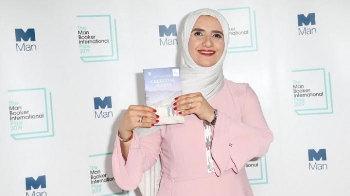 """Erste arabischsprachige Autorin gewinnt Literaturpreis """"Man Booker International"""""""