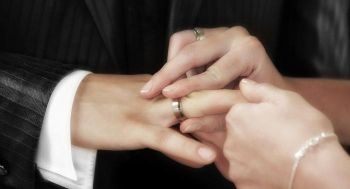 لأول مرة... بدء تحرير عقود الزواج إلكترونيا في السعودية