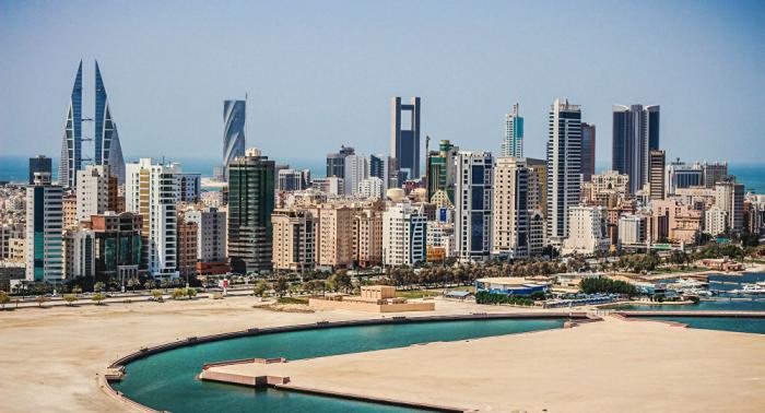 البحرين تدين استهداف محطتي ضخ نفط في السعودية