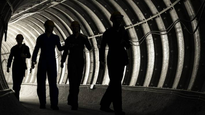 1,800 workers trapped in South African mine