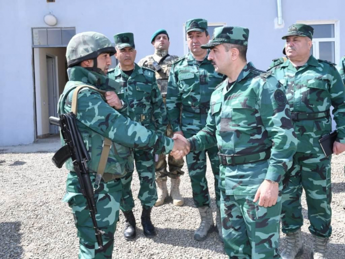 Head of Azerbaijani Border Service instructs to increase combat readiness on state border