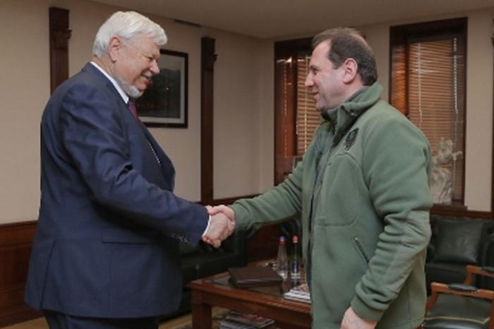 Andrzej Kasprzyk meets Armenian Defense minister