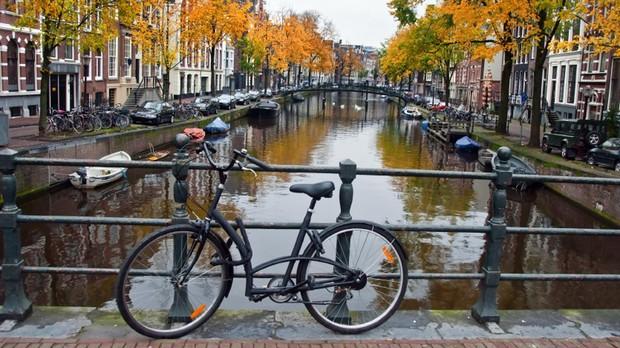 Ámsterdam prohíbe todos los vehículos de combustión a partir de 2030