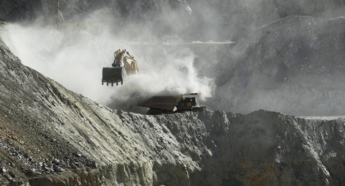 Tesla lanza una seria advertencia sobre la industria minera global