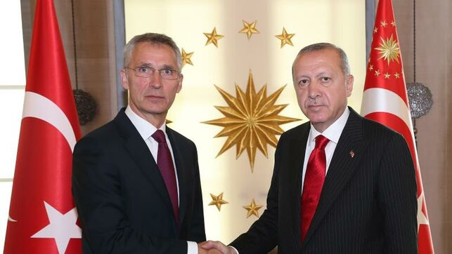 Turquía y la OTAN debaten la compra de los misiles rusos S-400