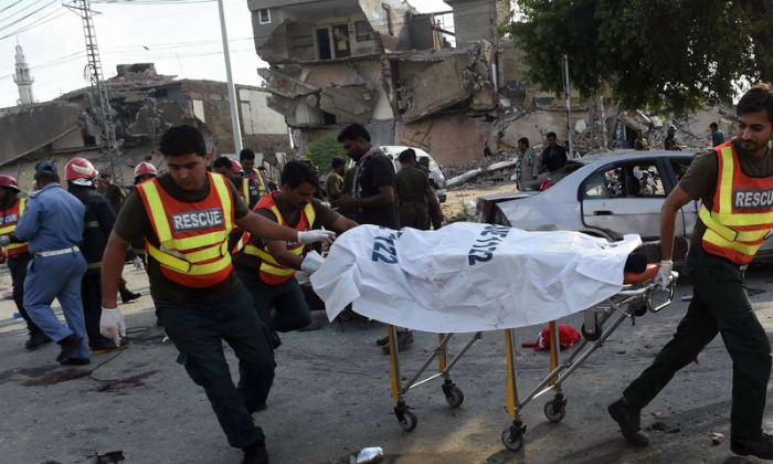 8 killed, 25 injured in Lahore suicide bombing - UPDATED