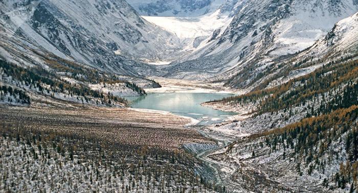 Siete turistas mueren por una avalancha en las montañas de Altái en Rusia