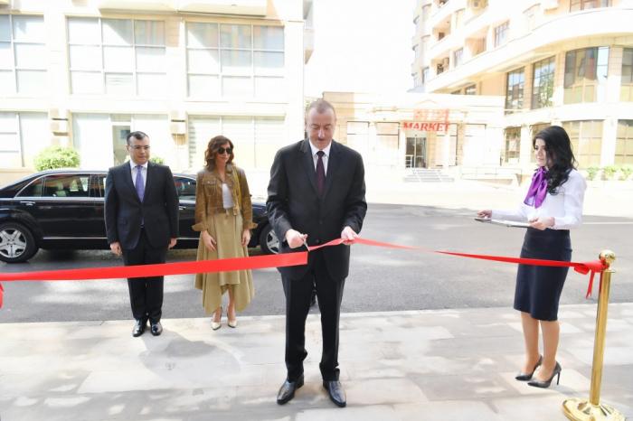 İlham Əliyev ilk DOST mərkəzinin açılışında - Yenilənib