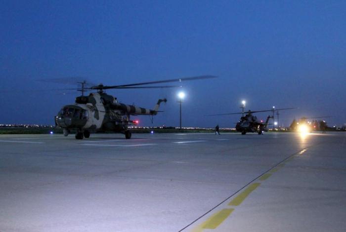 Helicópteros militares de Azerbaiyán en Turquía
