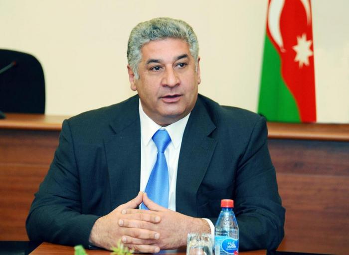 Azad Rahimov besucht den Iran