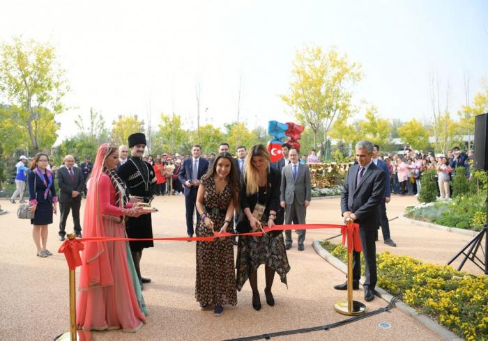 Pabellón de Azerbaiyán se inaugura en la Exposición Internacional de Horticultura de Beijing