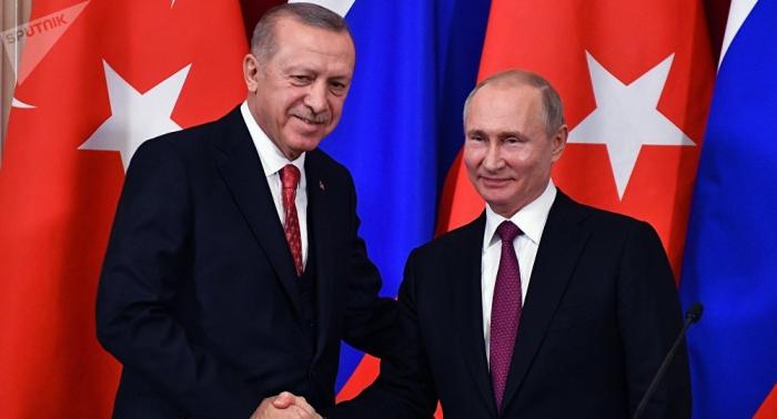 Putin y Erdogan hablan sobre Siria en una conversación telefónica