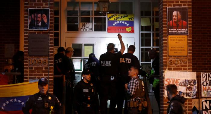 Eindringen in Venezuelas Botschaft: Caracas wirft Washington Verstoß gegen internationales Recht vor