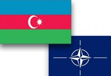 """أذربيجان تبحث مع الناتو وثيقة """"وتيرة التخطيط والتحليل"""""""