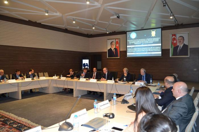 İnsan haqlarına dair beynəlxalq seminar başa çatıb - Fotolar